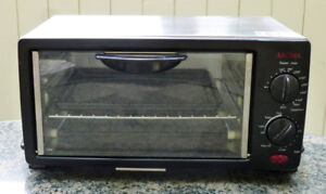 DeLonghi CONVECTION  & TOASTER OVEN