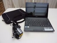 "Acer Aspire One D255E 10.1"" (250GB HDD, 1.66GHz, 1GB) Netbook + charger/case. Excellent condition"