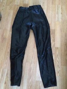 Pantalon de cuir pour femme