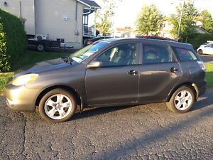 Toyota Matrix 2005 AWD (rare)