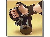 Sparring Gloves, Genuine Macho Dyna Closed Glove - Adult size.