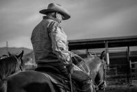 Western lifestyle, engagment, and riding photgrapher