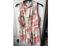 HEARTS AND BOWS Size 10 Floral Playsuit