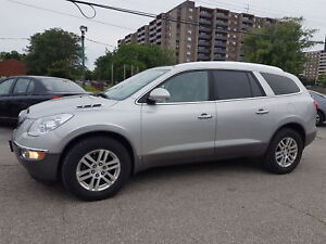 2008 Buick Enclave, 8 Passenger, Leather, Sunoof.
