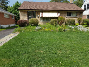 ***SUMMER SPECIAL, ALL FEMALE RENTAL, CLOSE TO MAC***