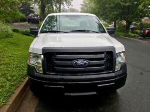 2010 Ford F-150 V-8 , Nice Cheap Truck !