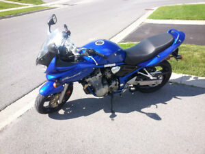 Mint low KM Suzuki GSF600  with all the fixings (Price Reduced)