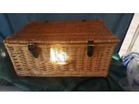 Whicker Picnic/Hamper basket