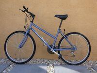 Ladies Diamondback Cycle
