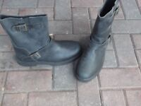 motorcycle boots new (cruiser style)