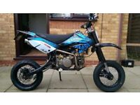 V5 and frame Pit bike road legal or possibly even a yz125/cr125 Suzuki Honda Yamaha