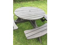 8 seater picnic bench/table