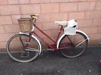 vintage vintage Triumph ladies bicycle single speed, Hand-built in England.