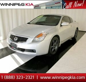 2009 Nissan Altima S *Sunroof! Heated Seats & More!*