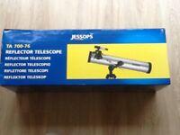 Jessops Reflector Telescope TA 700-76 brand new