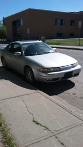 2002 alero 2 door for  TRADES OR $2000obo