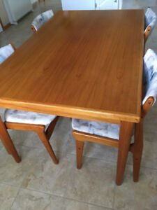 Solid Teak Table and 6 Chairs