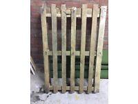 1 wooden pallet