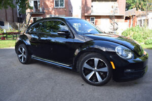 2012 Beetle Premiere+ Volkswagen FULLY EQUIPPED PRICED TO SELL