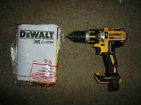 Dewalt Brushless Combi Drill DCD795 *BODY ONLY*
