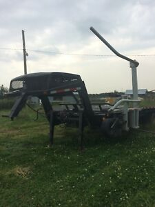 Fifth wheel trailer bale retriever