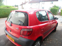 Toyota Yaris 2001 Red