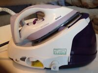Tefal Steam Iron - FREE for collection only. Steam not coming out.