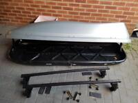 Halfords Roof Box for a Family Car