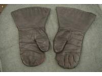 Pair of Vintage WW2 RAF Bomber Crew Sheepskin Gloves / Mitts / Gauntlets