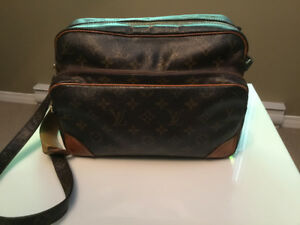 Louis Vuitton messenger handbag
