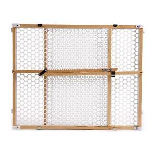 ☼  Safety 1st Circle Mesh Wooden Baby Gate  ☼
