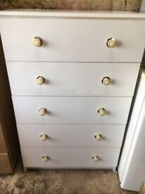 White Chest of drawers.