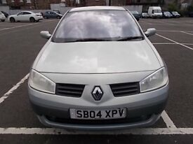 RENAULT MEGANE 1.6 PRIVILEDGE 5 DOOR HATCHBACK 04 REG,, NICE CLEAN FAMILY CAR,, MOT MAY 2018