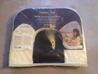 Harmony Duo twin feeding pillow