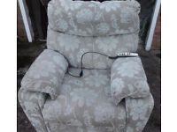 Orthopaedic recliner chair