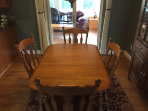 Solid Maple Table with 4 Chairs