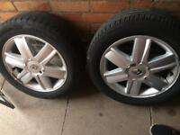 Renault set of 4, 16 inch Alloys with new tyres