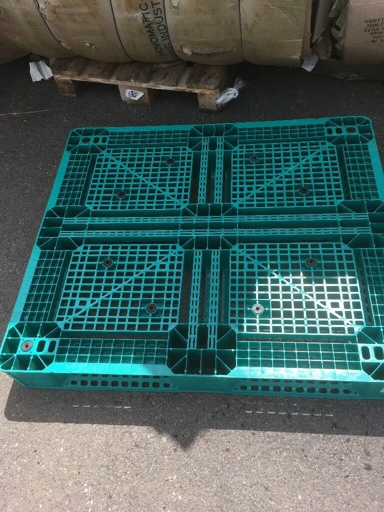 Plastic palletsin Vale of GlamorganGumtree - 2 sizes available. 1200x 800mm and 1300x 1100mm. Ideal for awning flooring or storage. Never rots. Can deliver for fuel cost. Please note Im on holiday from August 1st to 23rd