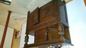 Antique Buffet/furnature/sideboard