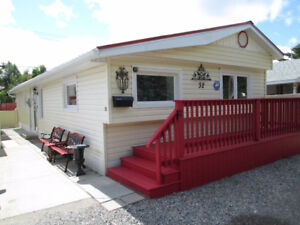 """32 Root River Trailer Park """"Open To All Reasonable Offers"""""""