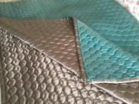LARGE DOUBLE SIDED BED THROW/BLANKET/BED SPREAD BED OR SOFA