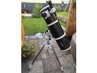 Skywatcher 200 telescope on eq5 mount
