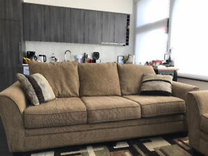 Wide and soft couch - very clean, excellent condition!