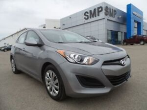 2015 Hyundai Elantra GT GL 2.0L 4Cyl - Heated Seats, Bluetooth,