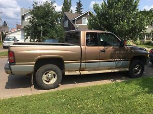2000 DODGE 1500 PICK UP