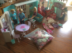 Assorted Ken and Barbie set