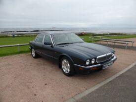 Jaguar Sovereign V8 Auto - Registered April 2000