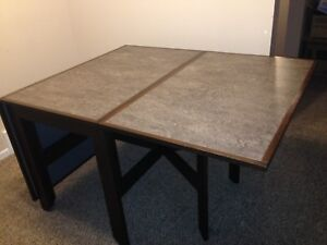 Dining table solid wood excellent condition! $100 OBO