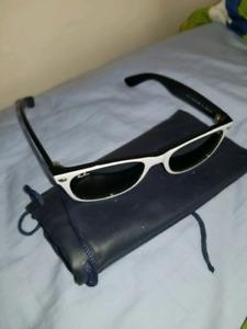 Rayban white wayfarer sunglasses