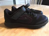 Kids Nike Trainers - Size 12